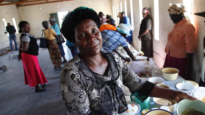 oxfam-novib-zimbabwe-voedselzekerheid-klimaatverandering-zaden-10506shepherd-tozvirevaoxfam-novib2